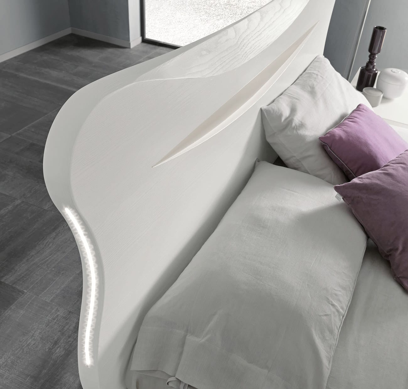 adriatica-wind-letto-dettaglio-testata.jpg