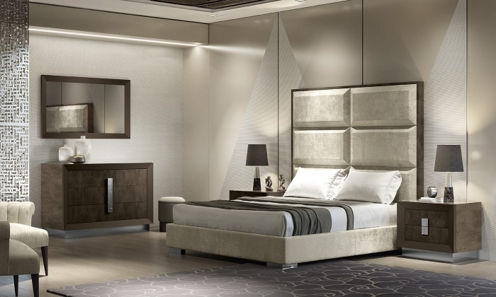 Odeon Bed